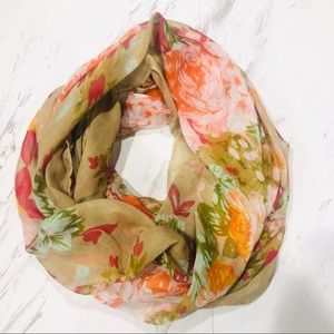Accessories - 💥 Floral Infinity Scarf